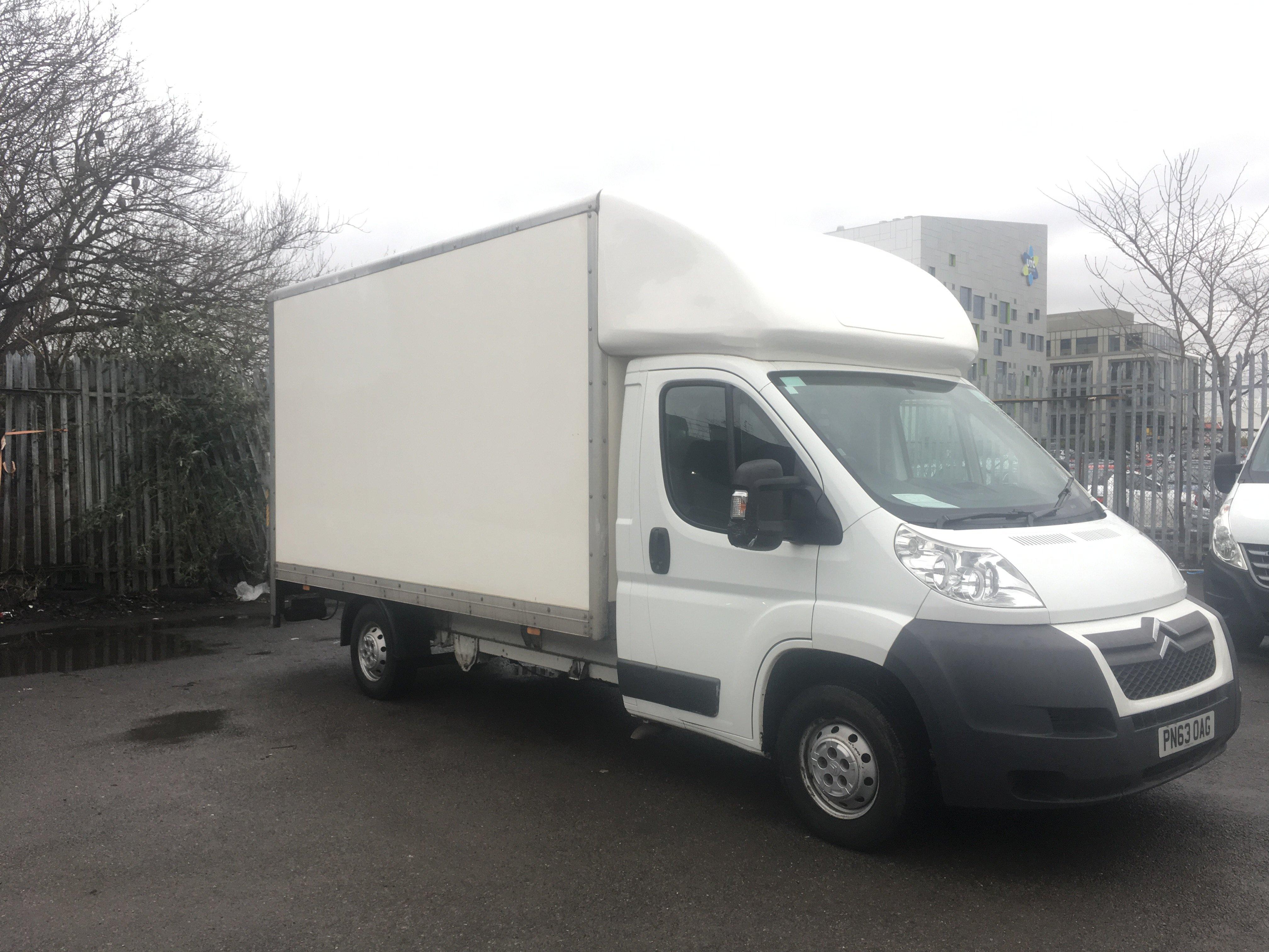 Citroen Relay Luton Box Van with Tail Lift